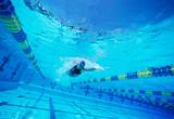 研究表明:游泳有助于治疗纤维肌痛