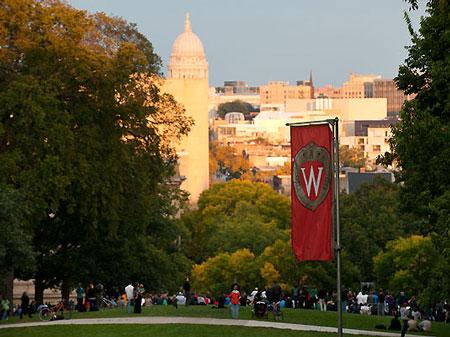 奥巴马大学评分计划寻求降低教育成本