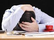 《柳叶刀》上的社论说,需要对卫生保健工作者的自杀采取全球措施