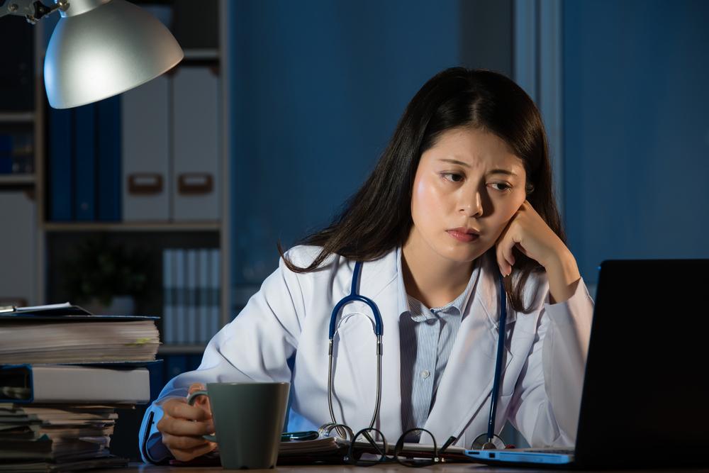 直入人心:内科医生的一个夜班
