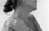 银屑病与银屑病关节炎患者下肢附着点病变的超声对比研究