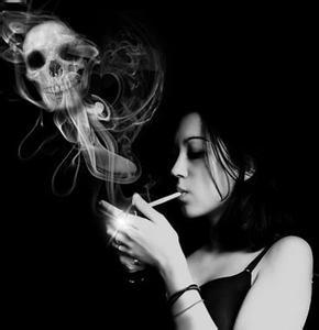 无奈的「歧视」:女性抽烟者更易发生慢阻肺