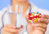 一表| 风湿病常用治疗药物注意事项