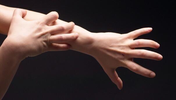 重磅级文章深度解读慢性瘙痒的发病机制及疗法进展